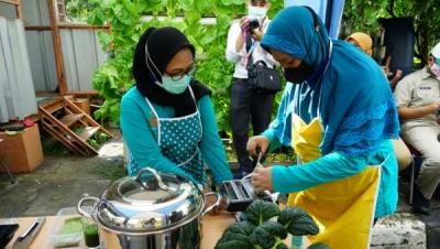 Photo of CSR Binaan PLN Disjaya Produksi Mie Sehat dari Sayuran Hidroponik