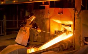 Photo of Ditjen Minerba Targetkan Investasi Pembangunan Smelter US$ 2,228 Miliar Tahun ini