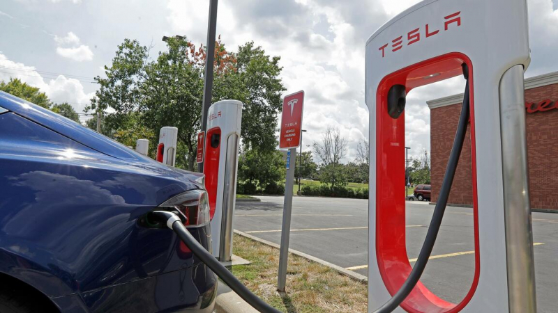 Photo of Kejar Target 500 Ribu Mobil Listrik, Tesla Potong Harga