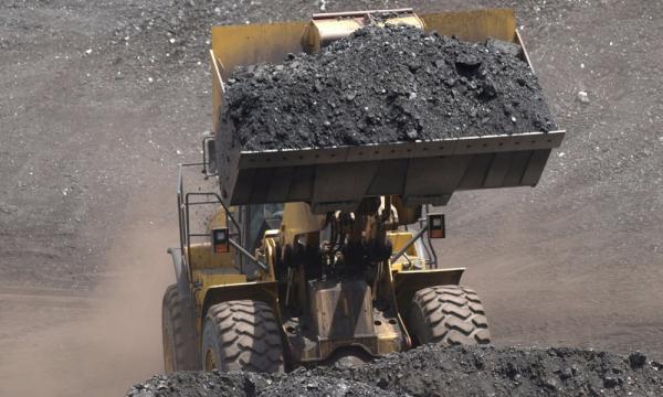 Ambil Momentum Ekspor Batu Bara, Nasib Transisi Energi?