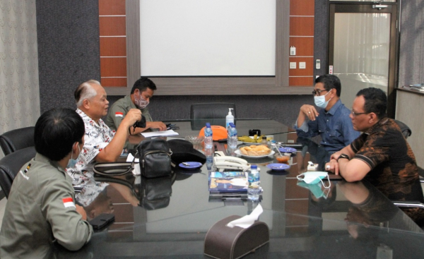 Direktur Mega Project PLN Berkunjung ke Redaksi Listrik Indonesia