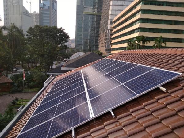 Kementerian ESDM Dorong Pencapaian Penggunaan PLTS Atap