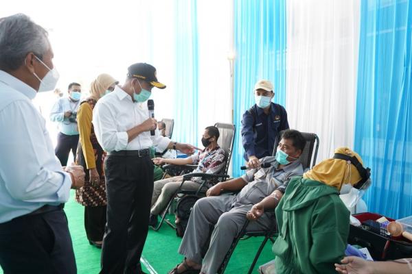 Kontribusi Penanganan Pandemi, PLN Gandeng PMI Gelar Donor Darah dan Plasma Konvaselen di Surabaya