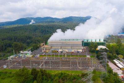 Photo of Serius Kembangkan Energi Bersih, PLN Raih Renewable Energy Markets Asia Awards 2021